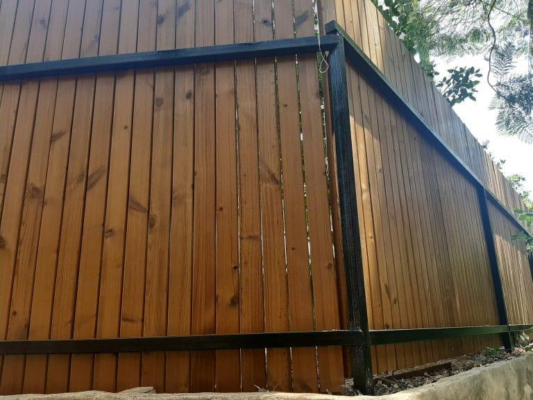 גדר לחצר - גדר עץ אורן טרמו