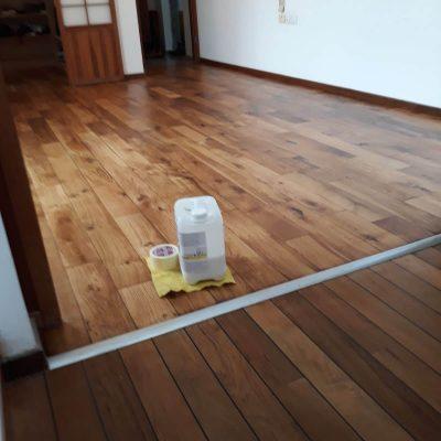 חידוש פרקט - מפגש בין רצפת טיק ופרקט אלון- אחרי גמר